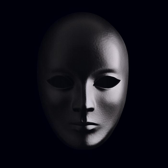 jean-baptiste huynh monochrome masque