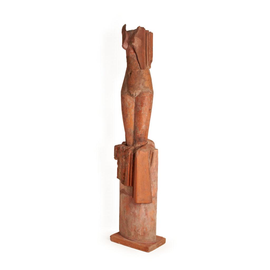 Sculpture Femme Terre cuite